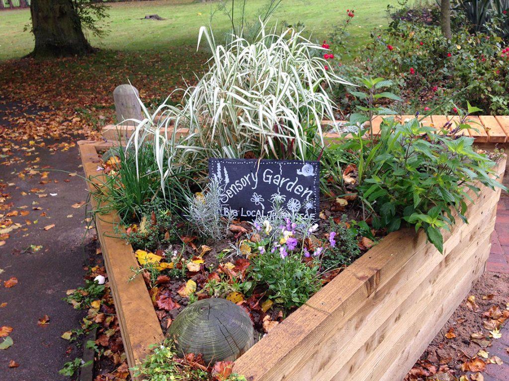 sensory-garden-thurnscoe-park3