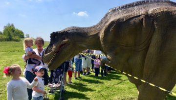 Dinosaur Day Phoenix Park, Thurnscoe