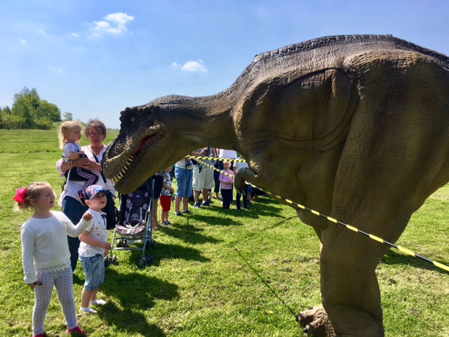 Dinosaur Day Thurnscoe, T-Rex Crowd
