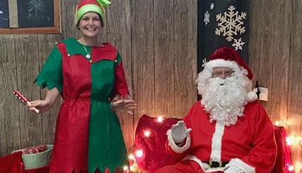 santa elf thurnscoe christmas cracker